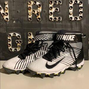 Nike Strike Football Baseball Cleats - 6.5Y / 8W